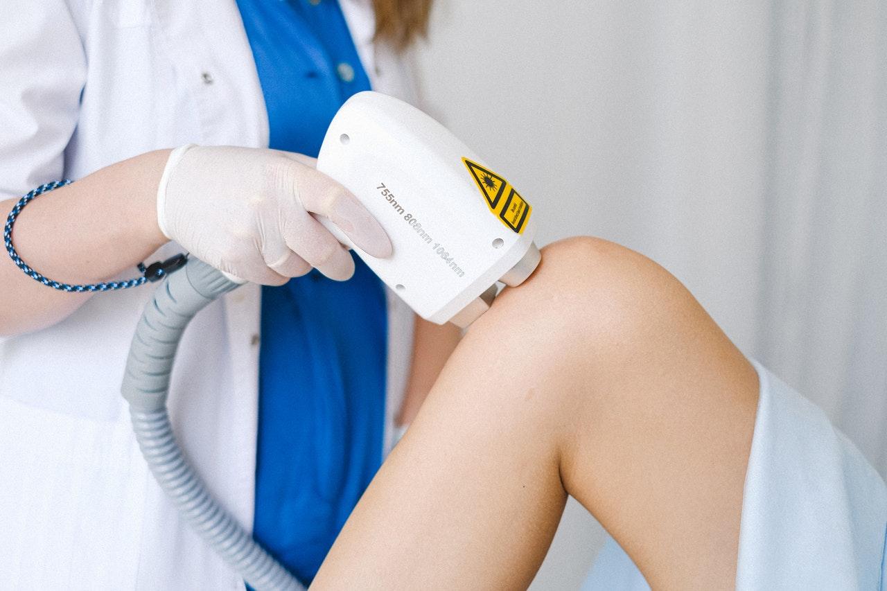 You are currently viewing L'épilation au laser est-elle sans danger pour la santé de la peau ?